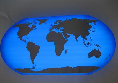 Beleuchtete Weltkarte