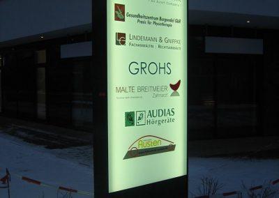 Pylon mit LED-Beleuchtung, Großburgwedel