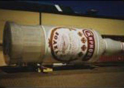 Smirnoff Flasche als Werbeträger